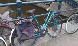 /image.axd?picture=/2012/3/2012-03-13 Amsterdam/mini/6 Broken bike.jpg