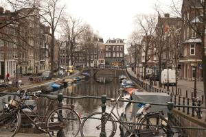 /image.axd?picture=/2012/3/2012-03-14 Amsterdam/mini/5 Canals of Amsterdam (4).jpg