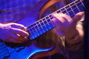 /image.axd?picture=/2012/3/2012-03-16 08 Mike Gordon/mini/Mike Gordon (25).jpg